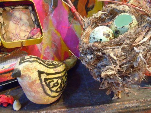 Bird & egg